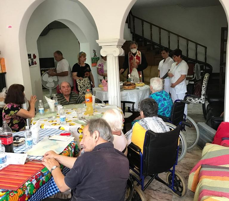 Slujbă de binecuvântare a unui centru de rezidență pentru vârstnici, la Ostia (Roma)